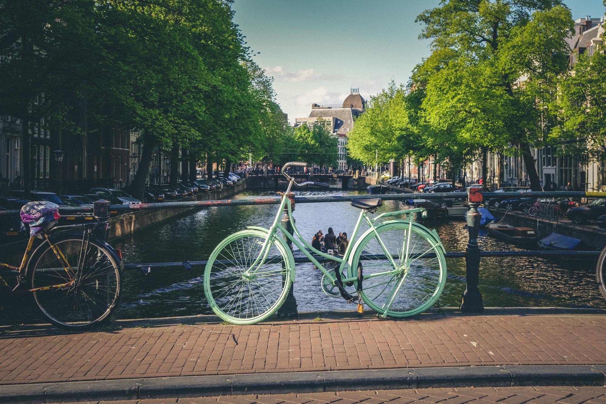 HUG-Amsterdam.jpg